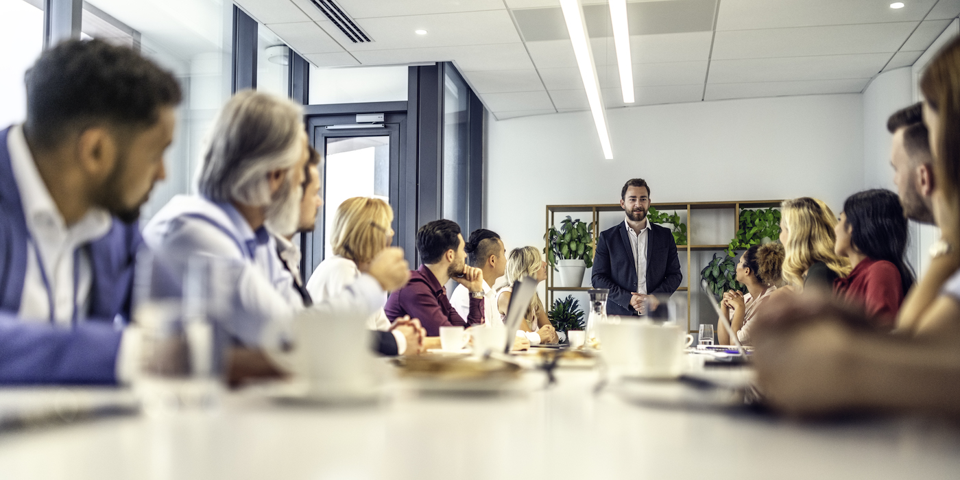 how sales managers motivate sales teams